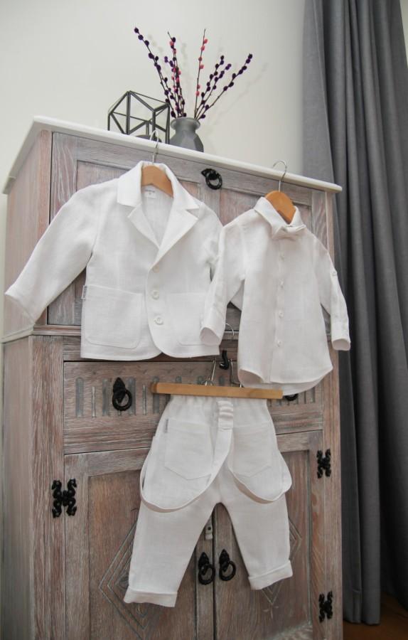 _Baltas kostiumėlis